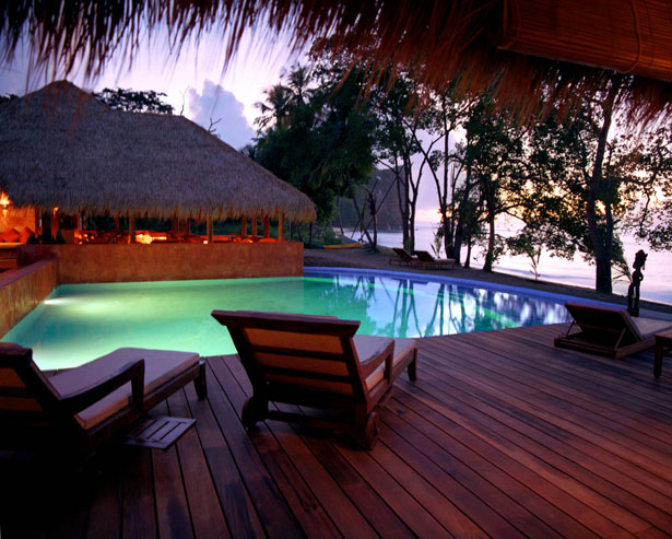 Take a dip in this majestically lit swimming pool on your honeymoon | Confetti.co.uk