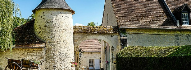 Quaint French Wedding Venues | Confetti.co.uk