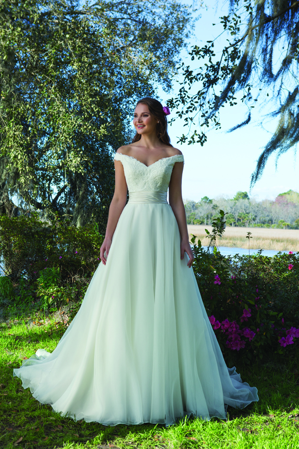 How to Choose the Best Wedding Dress for Your Body Shape ...