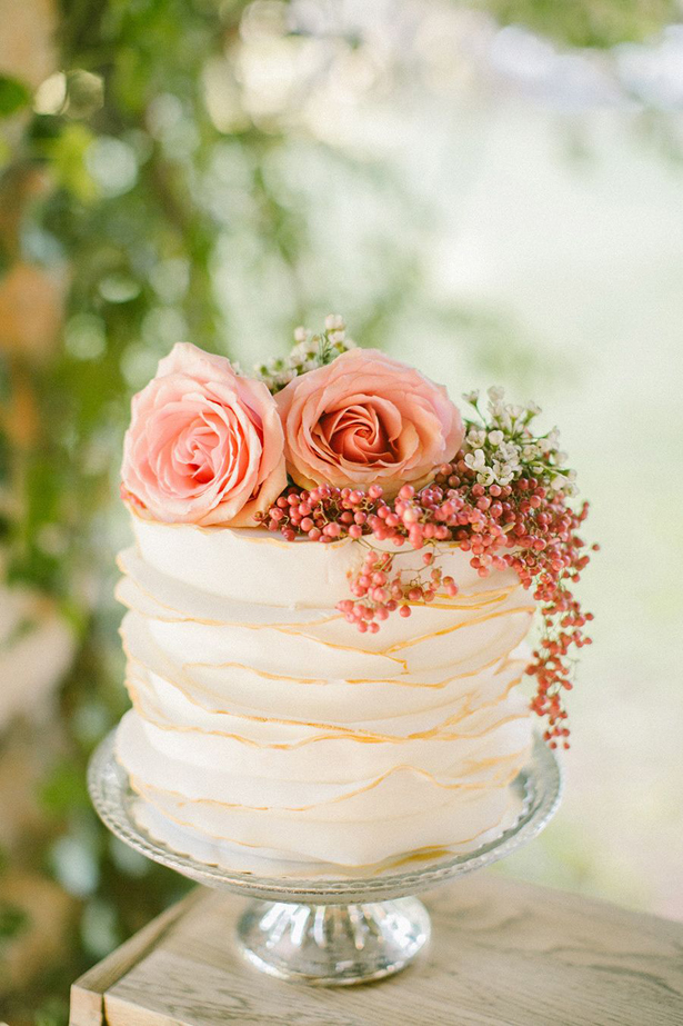 Summer Wedding Cake | Confetti.co.uk