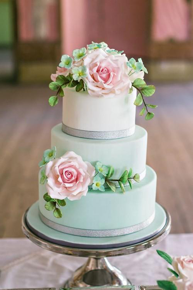 Spring Wedding Cake | Confetti.co.uk