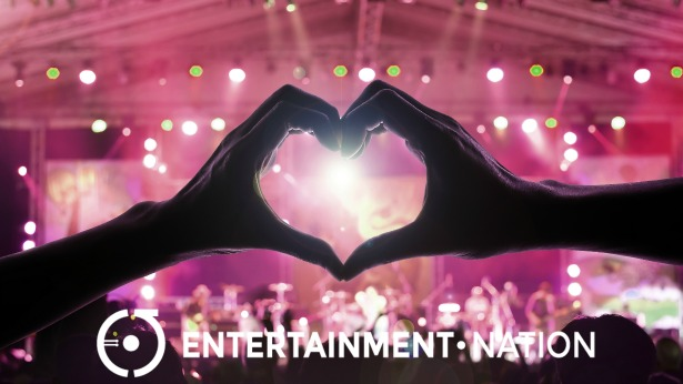 Picking the Perfect Wedding Entertainment | Confetti.co.uk