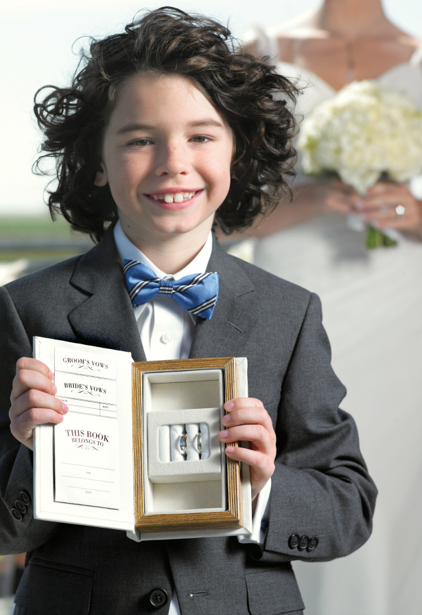 Ring bearer with the rings | Confetti.co.uk