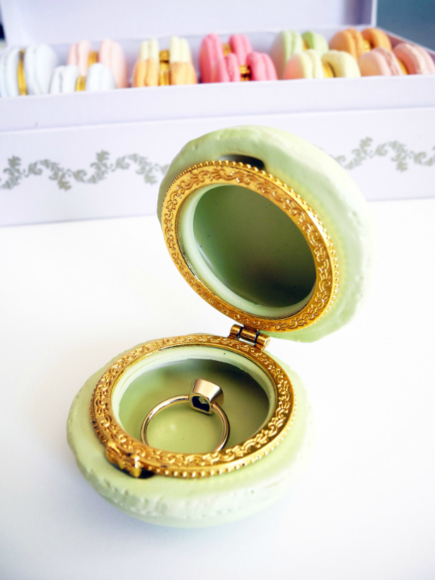 Macaron Ring Box | Confetti.co.uk