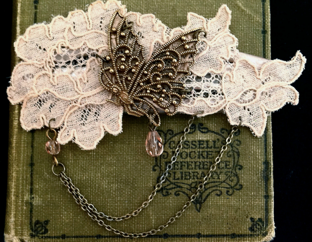 Distressed Vintage Wedding Accessories | Confetti.co.uk