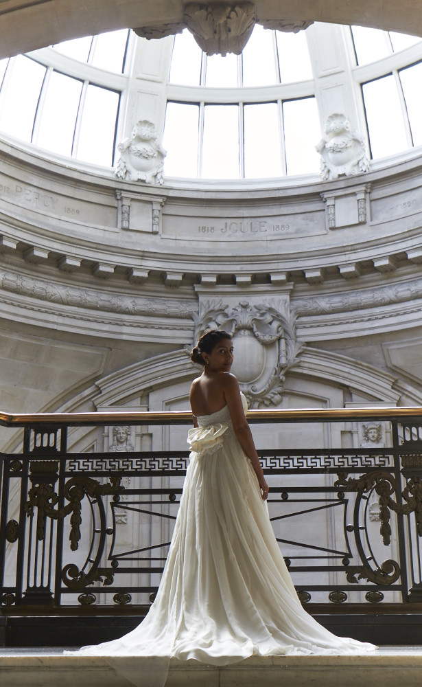 One Great George Street: Bride underneath glass dome | Confetti.co.uk