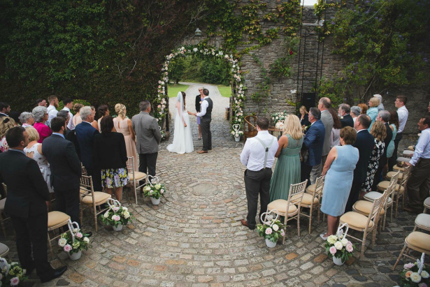 Outdoor castle wedding UK | Confetti.co.uk