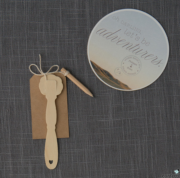 Country Hand Fan | Confetti.co.uk