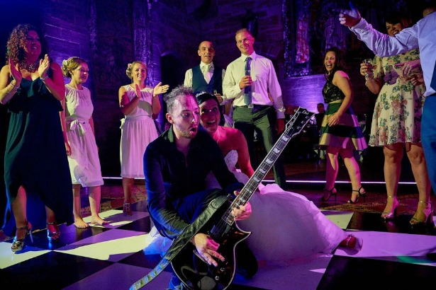 Warble Entertainment at Peckforton Castle | Confetti.co.uk