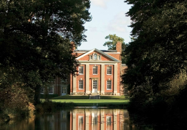 Warbrook House exterior over water | Confetti.co.uk