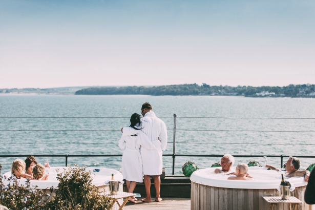 Hot tubs with a view at No Mans Fort   Confetti.co.uk