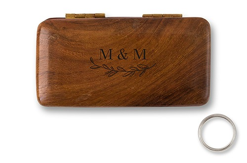 Personalised ring box with garland design   Confetti.co.uk