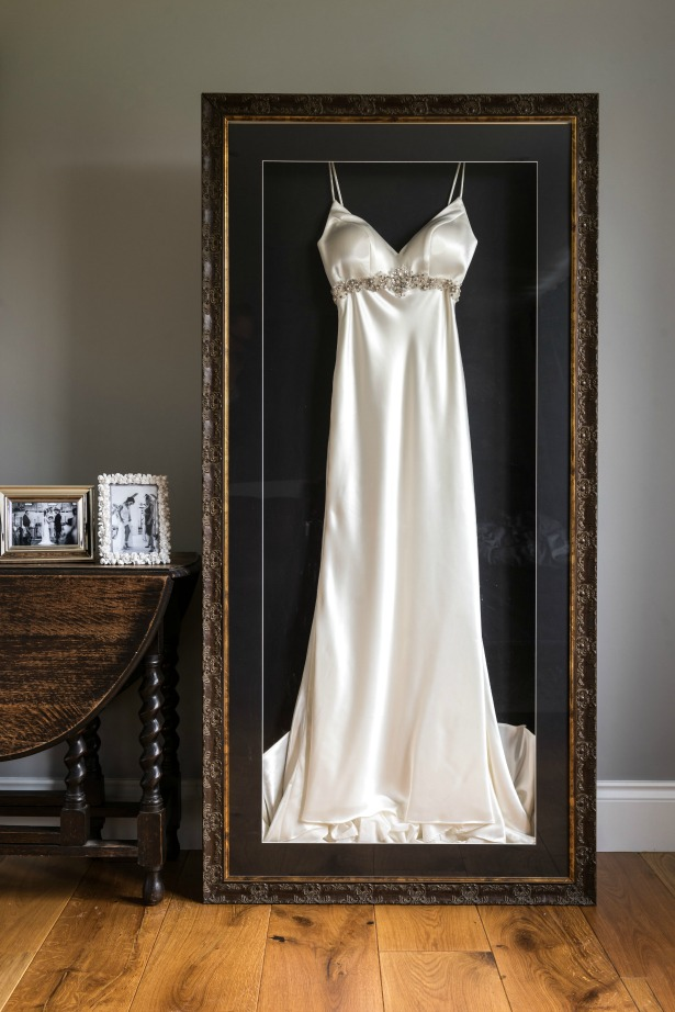 Best wedding dress storage solutions and travel cases for Frame your wedding dress