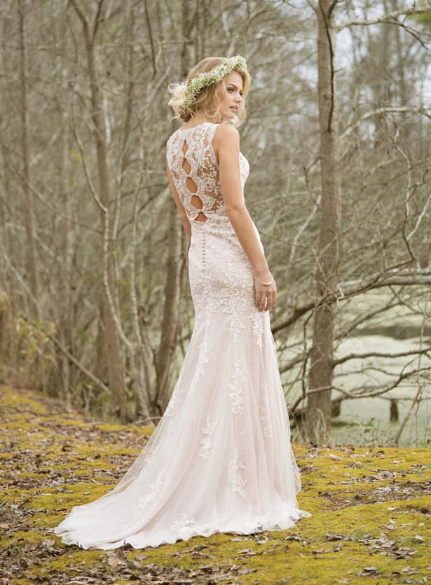 Wedding Dresses For   West Rand : How to choose the best wedding dress for your body shape