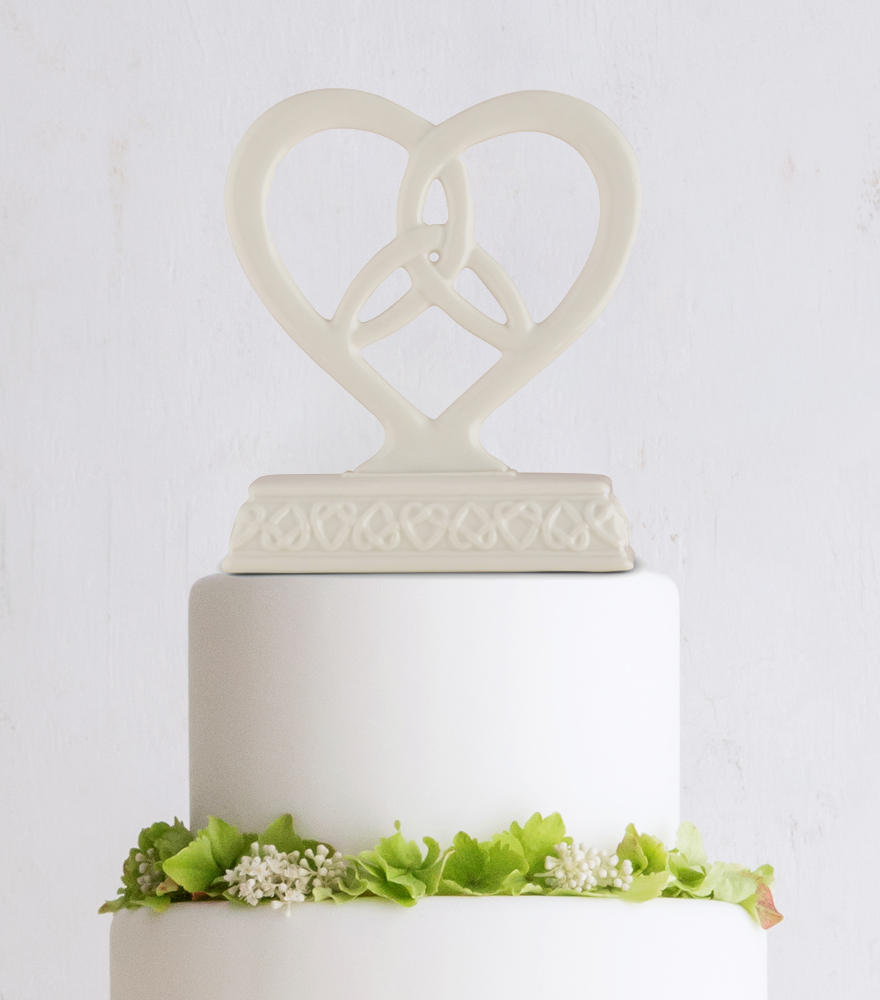 Handfasting and Tying the Knot Ceremony - Heart framed trinity knot cake topper   Confetti.co.uk