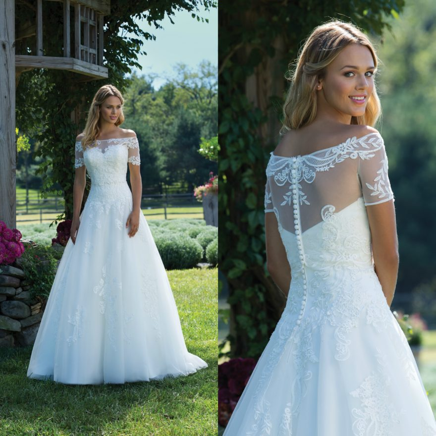 Sincerity Bridal's New Autumn/Winter Collection 2017 style 3989 | Confetti.co.uk