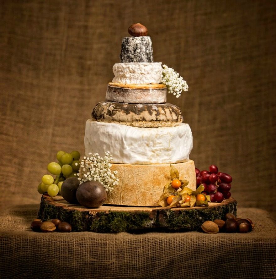 wedding cakes gloucester ultimate artisan cheese wedding cakes confetti co uk 24438