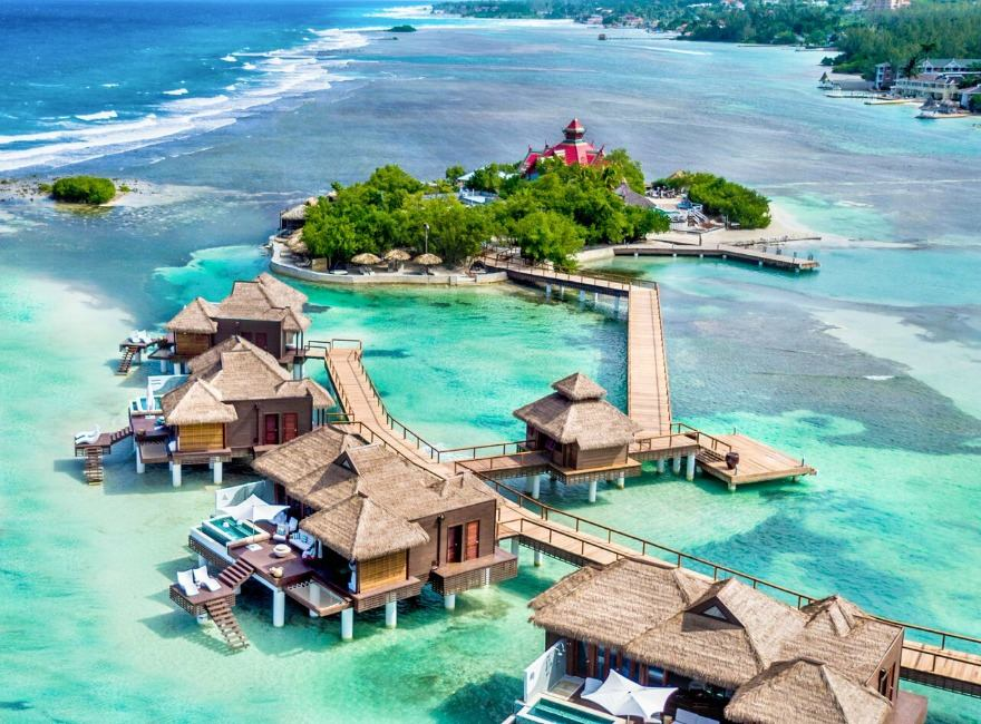 Over-the-Water villas and off-shore island at Sandals Royal Caribbean   Confetti.co.uk