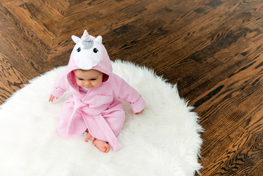 Pink Unicorn Hooded Bathrobe and Dressing Gown   Confetti.co.uk