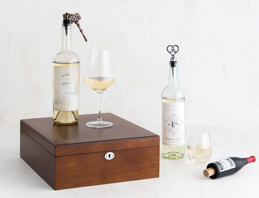 Wine Bridesmaid Gift with Personalised Bottle Label and Bottle Stopper   Confetti.co.uk