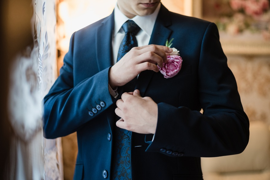 Pink floral buttonholes | Confetti.co.uk