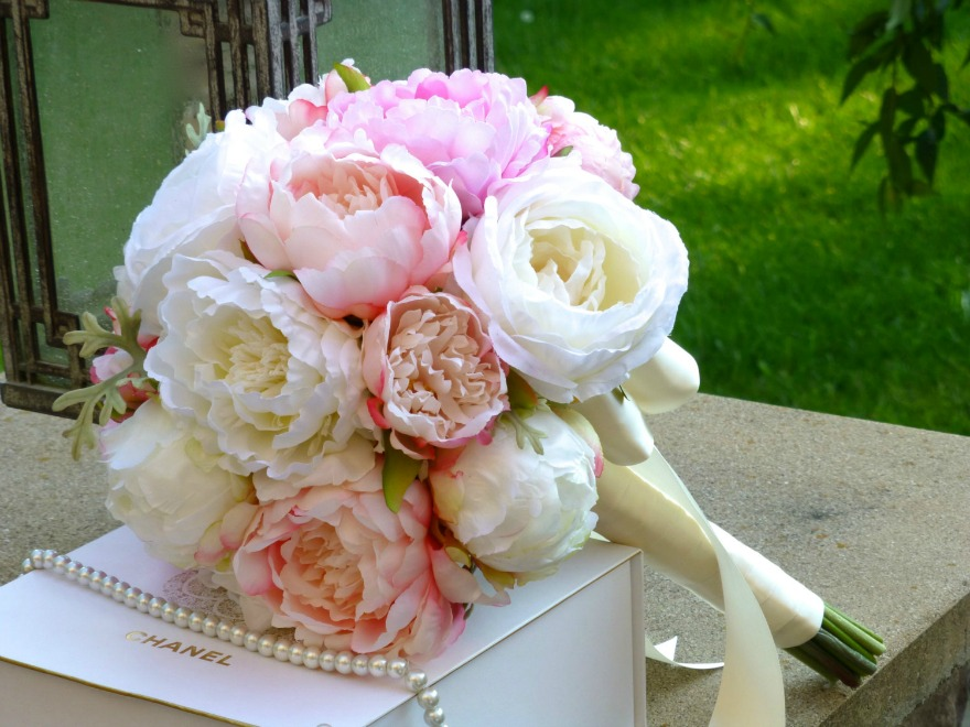 Silk peony wedding bouquets | Confetti.co.uk
