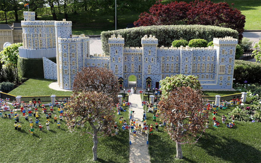 LegoLand Windsor Castle Made From LEGO - Royal Wedding of Prince Harry and Meghan Markle - A Replica of Windsor Castle Has Been Made Out of LEGO | Confetti.co.uk