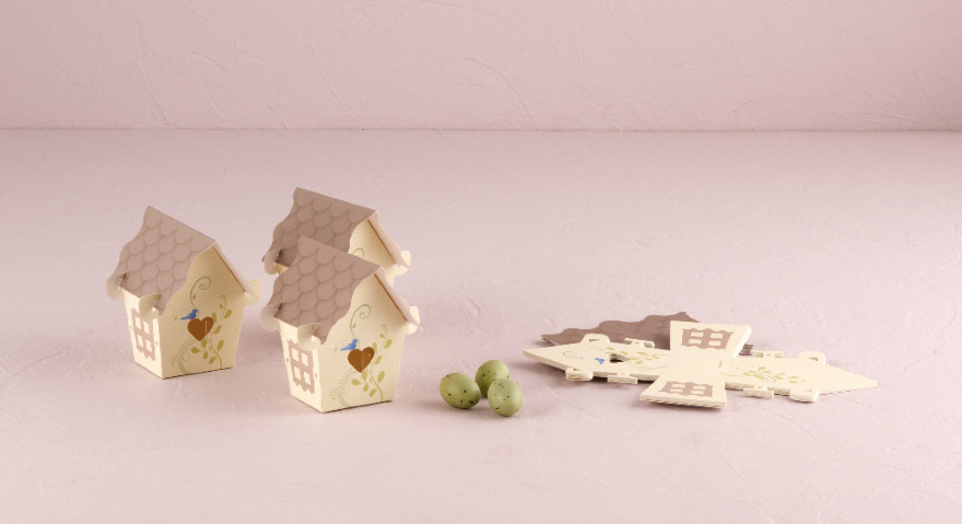 Small Bird House Wedding Favours - Cute Wedding Favour Boxes   Confetti.co.uk
