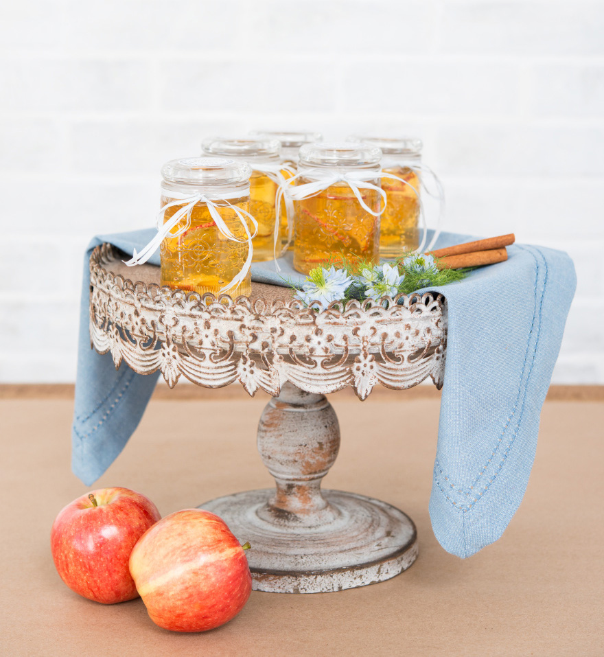 Floral Pressed Glass Mason Jar Favour With Stopper - Autumn Wedding Favour Ideas - Aged Effect Cake Stand | Confetti.co.uk