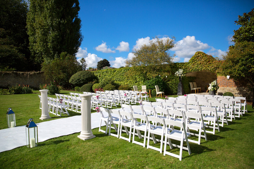 The Walled Garden at Notley Abbey - Outdoor Summer Wedding Ceremony Ideas   Confetti.co.uk