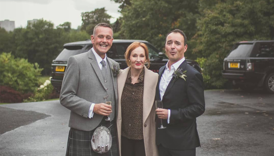 JK Rowling Has Surprised a Couple of Newlyweds in Edinburgh | Confetti.co.uk