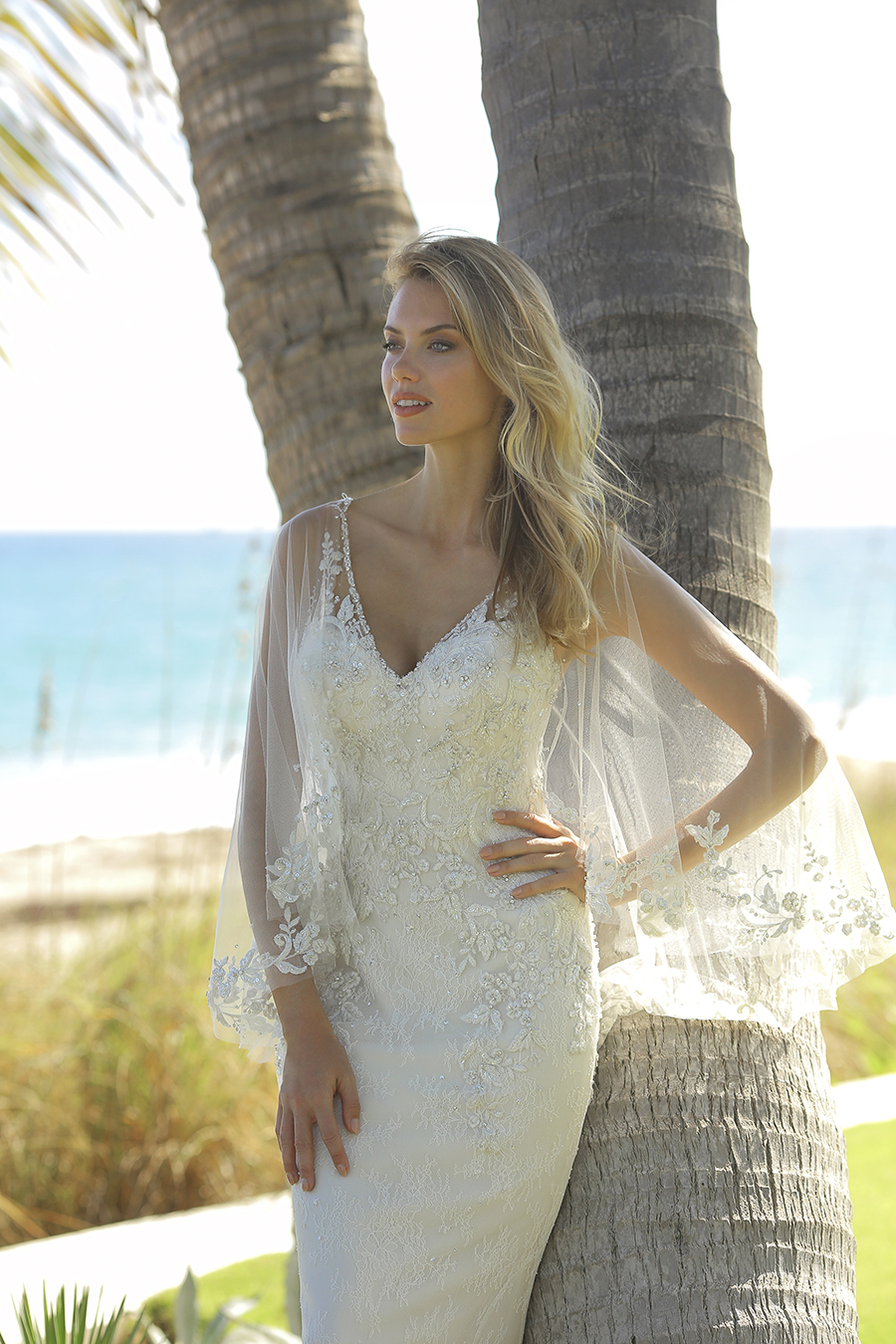 wedding-dress-with-tulle-cape