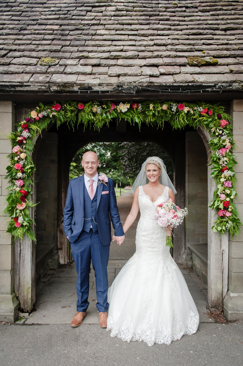 floral-wedding-arch-outside