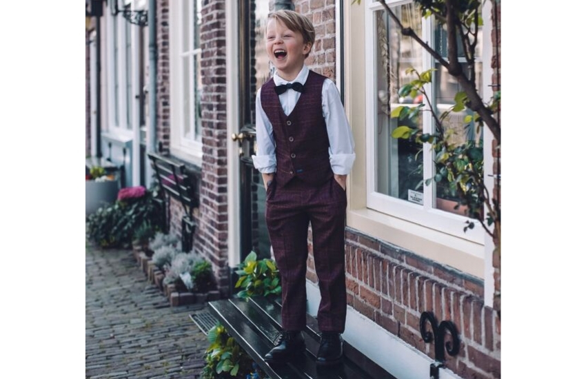 page-boy-tweed-suit-for-weddings