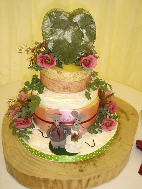 cheese wedding cake oxfordshire hrh big cheese cake company wedding cakes in oxfordshire 12604