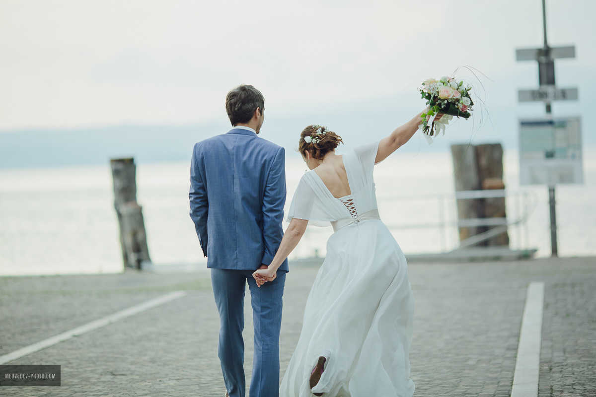 Fine Outfits For Weddings Abroad Elaboration - All Wedding Dresses ...