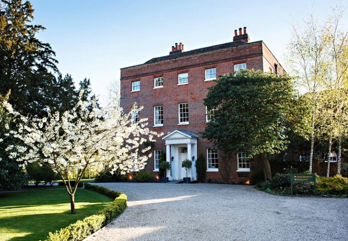 Winter Wedding Package - Mulberry House